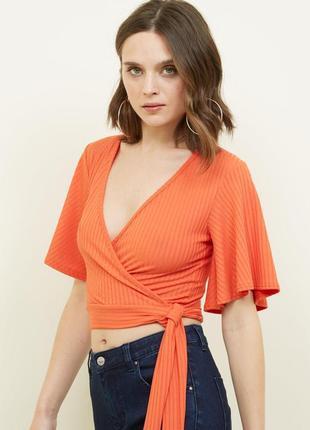 Топ блуза с объемными рукавами футболка в рубчик кроп топ на завязках с v-образным вырезом