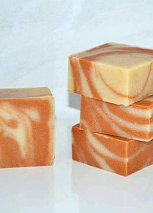 Натурально мыло с розовой глиной