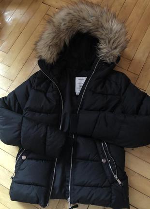 Куртка бренду «bershka» 🖤