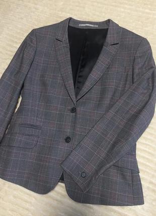 Пиджак женский из 100% шерсти