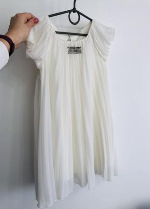 Детское нарядное платье 5-7 лет