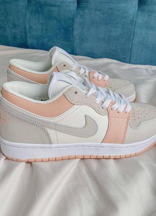 Nike jordan 1 retro low beige/pink кроссовки3 фото