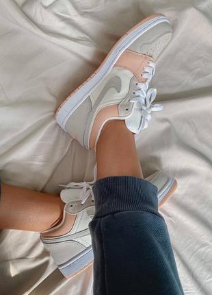 Nike jordan 1 retro low beige/pink кроссовки5 фото