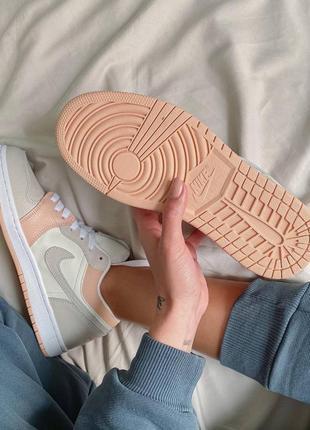 Nike jordan 1 retro low beige/pink кроссовки6 фото