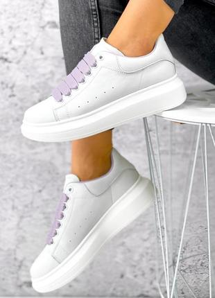 Белые кеды кроссовки натуральная кожа с сиреневыми шнурками