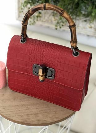 Червона сумка італія красная кожаная сумка италия