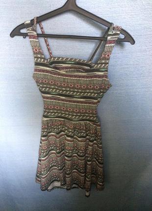 Платье с открытой спиной pull&bear