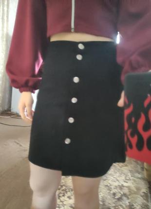 Замшевая юбка трапеция с пуговицами с карманами