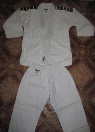Фирменный плотный комплект кимоно kwon
