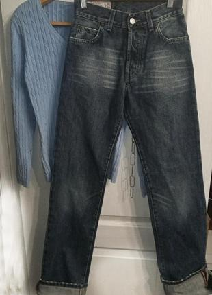 Модные джинсы высокая посадка