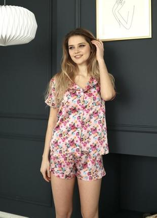 Шелковая/атласная пижама/домашний костюм в цветы шорты и рубашка с-л