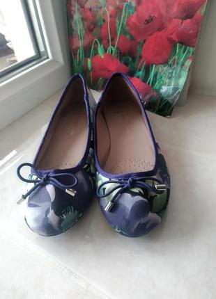 Летние туфли балетки цветочный принт бренда dorothy perkins uk 5 eur 38