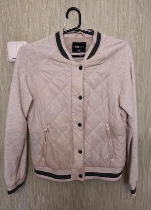 Бомбер куртка женская