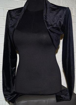Черное болеро с длинным рукавом из бархата