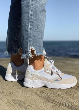 Женские кроссовки adidas falcone белые (36-41)