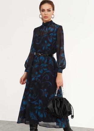 Расклешенное платье миди с шифона чёрное с синими цветами