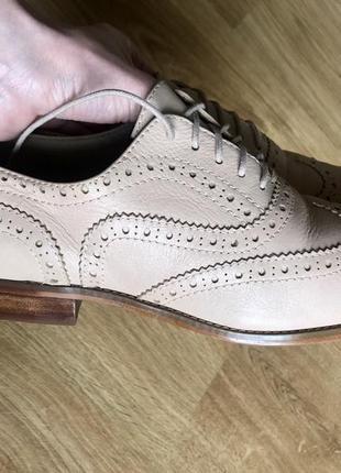Туфлі, оксфорди, колір - беж. бренд autograph.