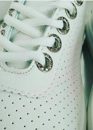 180 мод. новинка! кеды белые -перфорированная экокожа