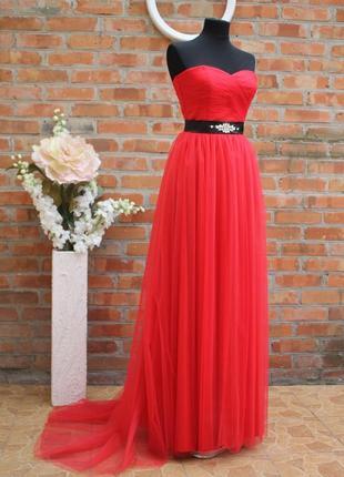Выпускное нарядное красивое длинное платье шлейф
