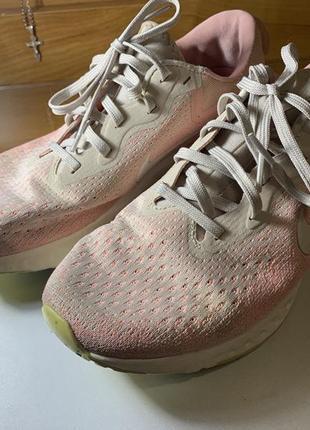 Кросівки жіночі nike odissey react2 фото