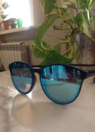 Модные зеркальные солнцезащитные очки