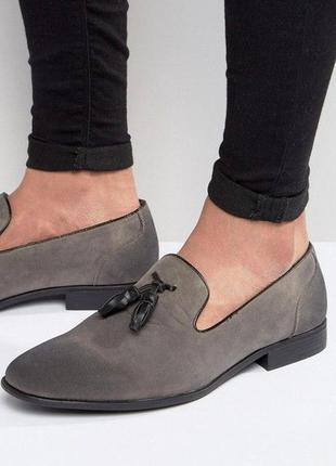 Стильные мужские туфли лоферы с кисточками под нубук topman
