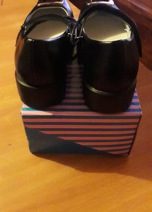 Туфлі на дівчинку3 фото