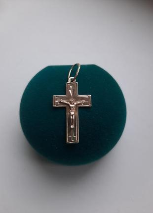 Серебряный крестик 925* с позолотой.