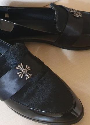 Туфли натуральный лак итальянский бренд carini