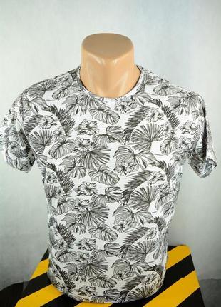 Футболка молодежная мужская модная с принтом. турция