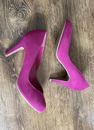 Туфли яркие цвета фуксии малиновые фиолетовые