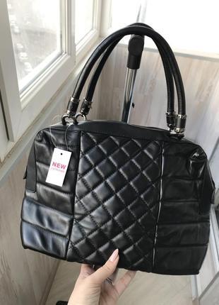 Стильная женская сумка с короткими ручками