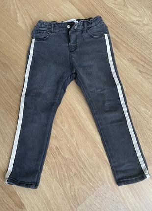 Джинси джинсы zara 2-3 р