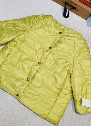 ‼️!!!распродажа в связи с закрытием магазина!короткая весенняя куртка на кнопках с вырезом