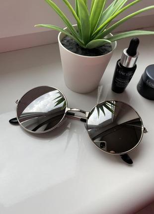 Очки солнцезащитные солнечные стильные новые летние зеркальные