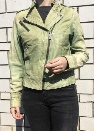 Натуральная кожаная куртка косуха h&m