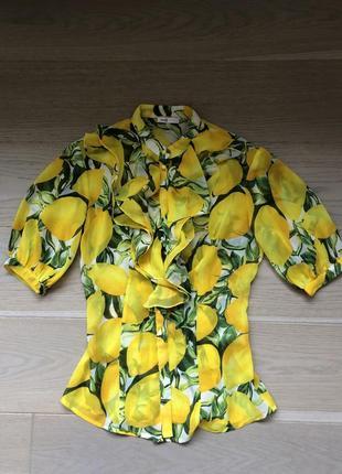 Блуза с актуальным принтом лимоны