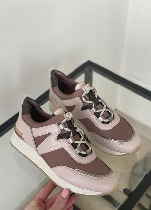 Оригинальные кроссовки от michael kors8 фото