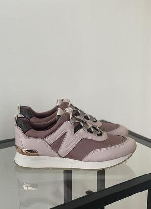 Оригинальные кроссовки от michael kors5 фото