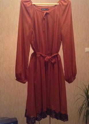 Шифоновое платье -клёш  с поясом