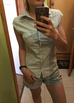 Милая блузка. легкий джинс