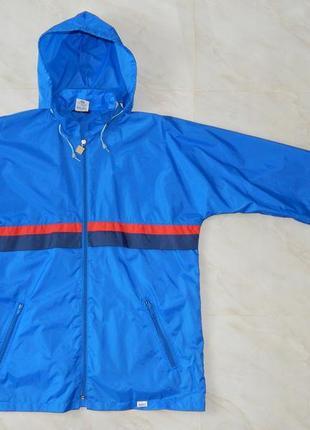 Куртка -ветровка спортивная