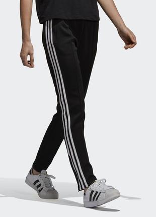 Спортивные брюки adidas originals ce2400 с лампасами