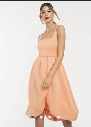 Платье миди для выпускного с квадратным вырезом, запахом и объемной кромкой asos design