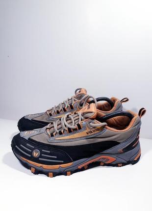 Оригинальные кроссовки р.39 (25 см.)