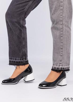 Кожаные лаковые туфли на скошенном каблуке натуральная кожа
