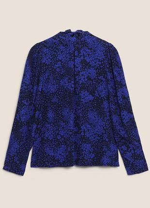 Блуза с высоким воротом и объемными рукавами с цветочным рисунком