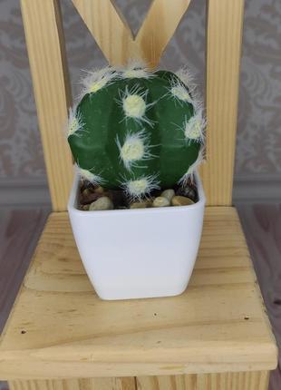 Искусственный кактус