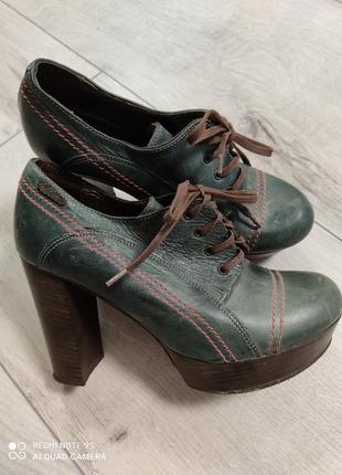 Весенние туфли 37 р
