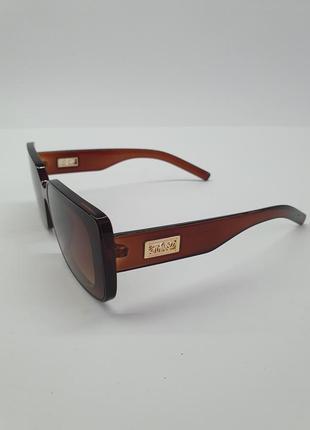 Прямоугольные солнцезащитные очки